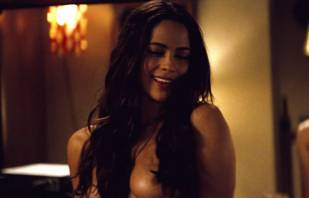 paula patton topless in 2 guns 6208 8