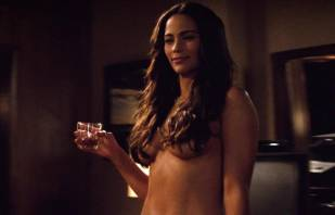 paula patton topless in 2 guns 6208 9