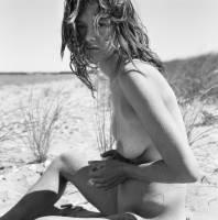 paz de la huerta nude makes the outdoors fun 6514 3