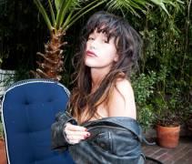 paz de la huerta nude with a palm tree in the backyard 4265 3