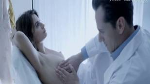 penelope cruz topless breasts examined in ma ma 6051 1