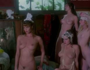 portia de rossi and elle macpherson nude in sirens 4105 7