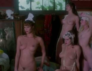 portia de rossi and elle macpherson nude in sirens 4105 8