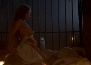rebecca ferguson topless sex scene from the white queen 8914 16