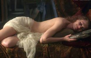 robin wright nude in moll flanders 2682 10