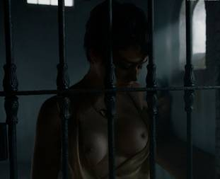 rosabell laurenti sellers topless in game of thrones 5337 18