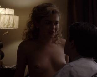 rose mciver topless and shy on masters of sex 5219 17