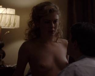 rose mciver topless and shy on masters of sex 5219 19
