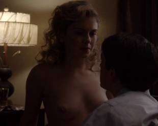 rose mciver topless and shy on masters of sex 5219 22