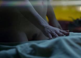 russia hardy nude sex scene from femme fatales 7471 14