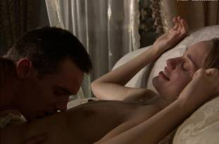 ruta gedmintas topless on the tudors 0263 20
