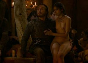sahara knite nude in your lap on game of thrones 0102 20