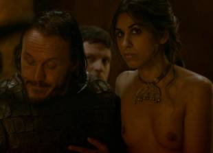sahara knite nude in your lap on game of thrones 0102 23