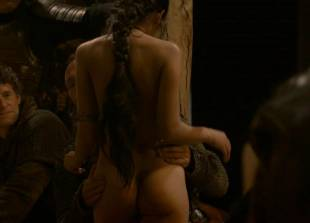 sahara knite nude in your lap on game of thrones 0102 8
