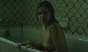 scout taylor compton topless in ghost house 7392 15