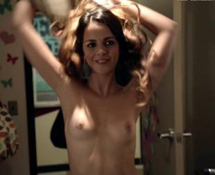 shani atias topless with a smile on shameless 6145 5