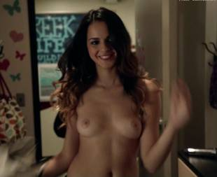 shani atias topless with a smile on shameless 6145 7