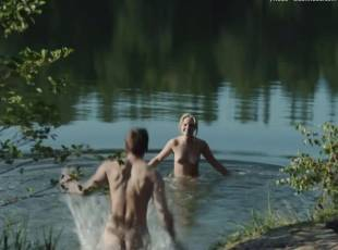 sonja gerhardt nude top to bottom in deutschland 83 2118 21
