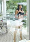sophie howard topless take us through the looking glass 5871 1