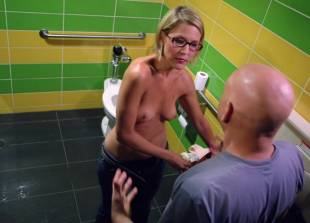 stacey scowley topless to suck on californication 3294 2