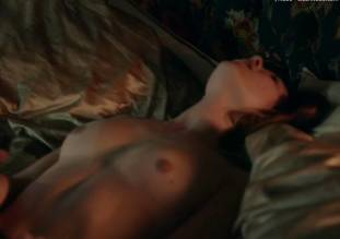 synnove karlsen nude in clique sex scene 3618 17