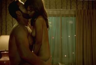 thandie newton nude for oral pleasure on rogue 1104 2