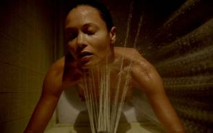thandie newton topless breasts revealed in rogue 5084 2