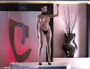 valentina di paola topless in cha cha cha 4720 17