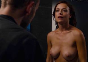 valeria bilello nude full frontal in sense8 2607 21