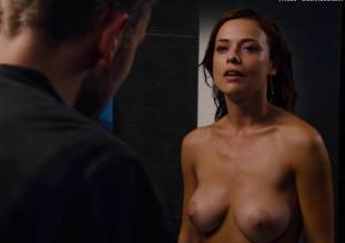 valeria bilello nude full frontal in sense8 2607 22