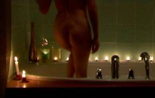 vanessa guide nude in bathtub for music video 1397 5