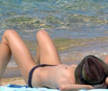 vanessa paradis topless sunbathing after johnny depp split 2281 5