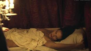 virginie ledoyen nude in farewell my queen 3957 1