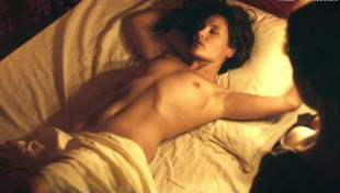 virginie ledoyen nude in farewell my queen 3957 16