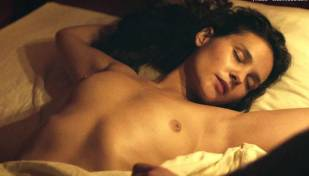 virginie ledoyen nude in farewell my queen 3957 7