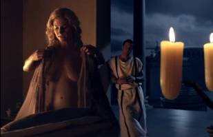 viva bianca naked to convince on spartacus vengeance 3187 10