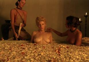 viva bianca topless for tub pleasure on spartacus vengeance 5587 5