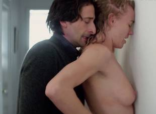 yvonne strahovski nude in manhattan night 6525 26