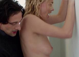 yvonne strahovski nude in manhattan night 6525 29