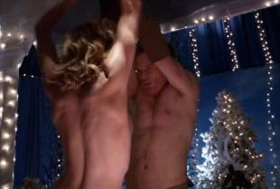 yvonne strahovski topless to flash side boobs on dexter 2975 10
