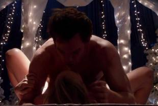 yvonne strahovski topless to flash side boobs on dexter 2975 12