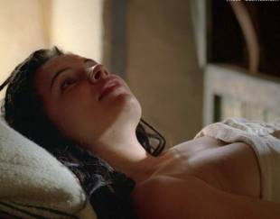 zuleikha robinson topless breasts fondled in rome 9796 1