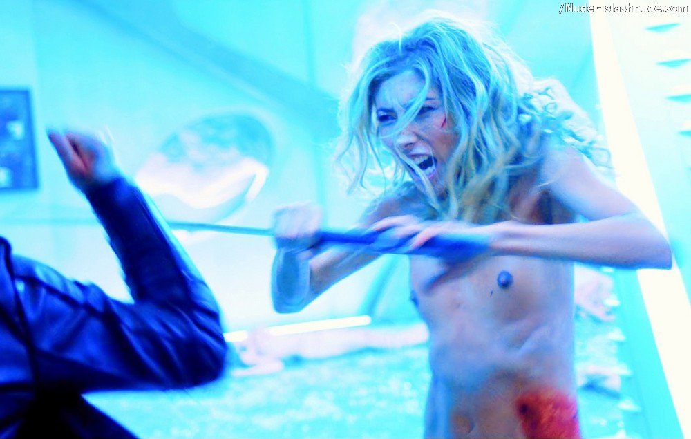 Dichen Lachman Nude Full Frontal In Altered Carbon 35