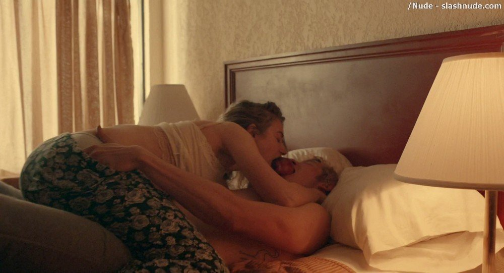 Imogen Poots Nude In Mobile Homes 1