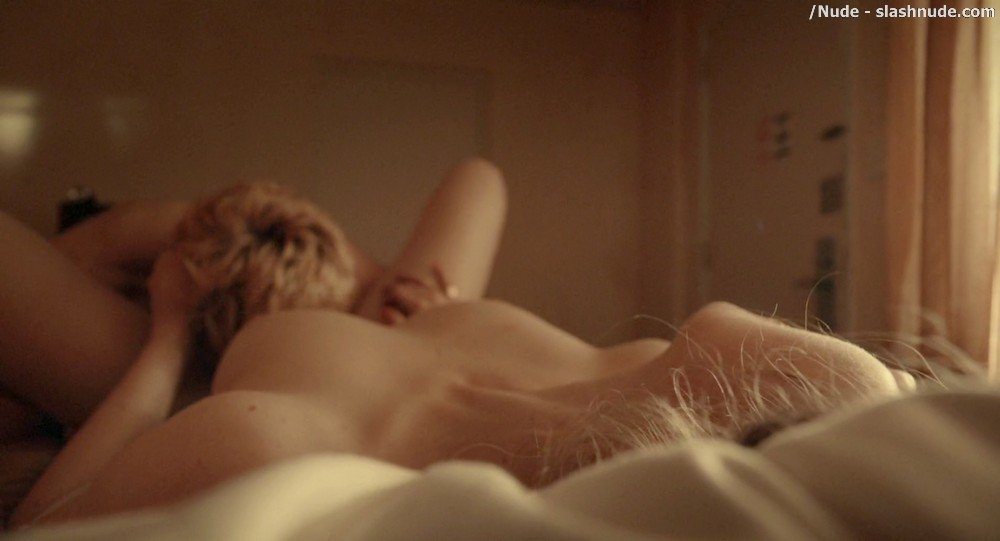 Imogen Poots Nude In Mobile Homes 6