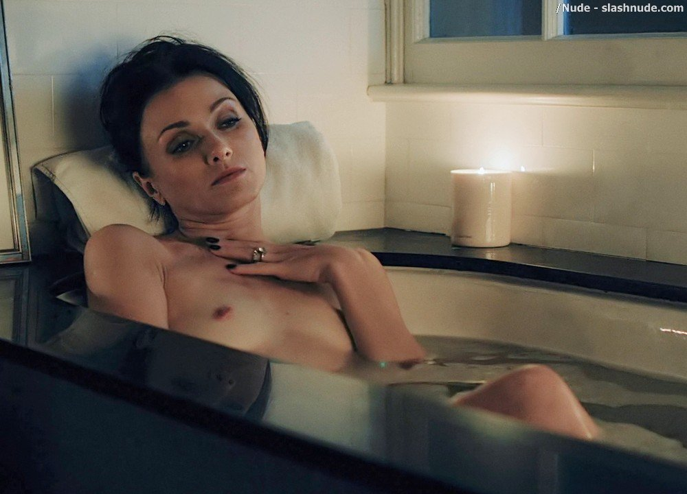 Irina Dvorovenko Nude For Bath In Flesh And Bone 10