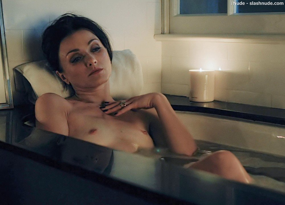 Irina Dvorovenko Nude For Bath In Flesh And Bone 9
