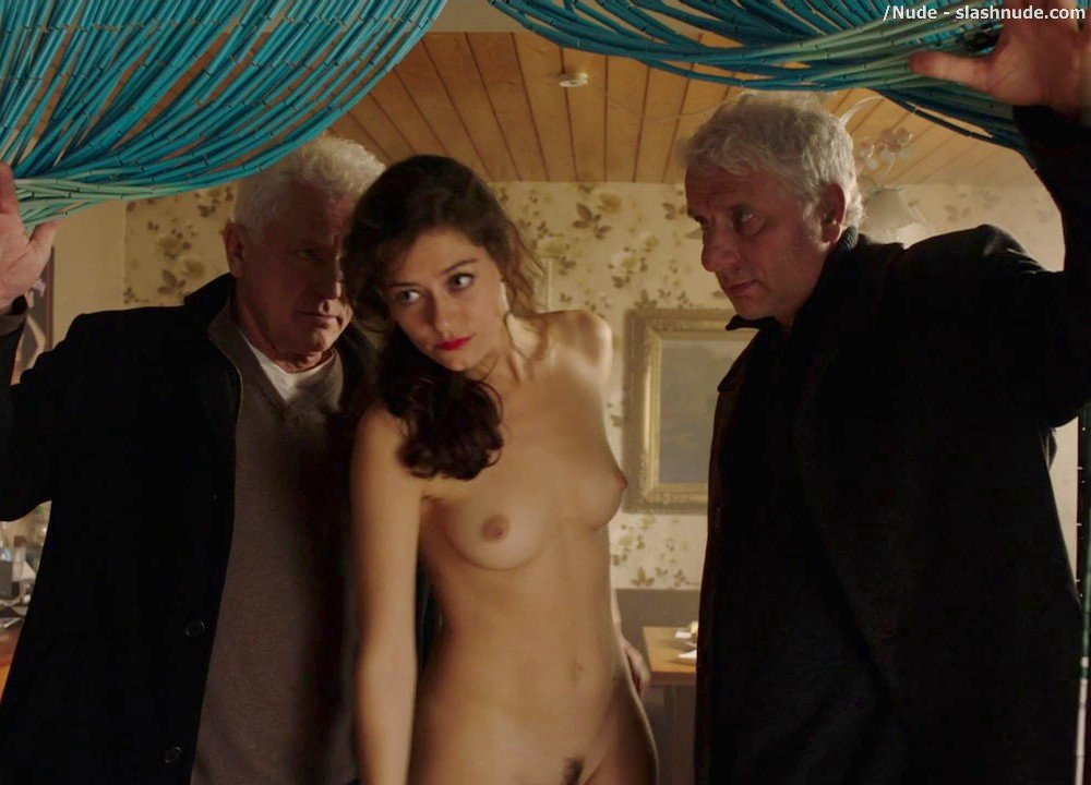 Jarah Maria Anders Nude Full Frontal In Tatort Hardcore 32