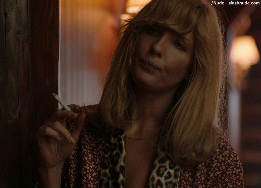 Kelly Reilly Topless In Yellowstone 1