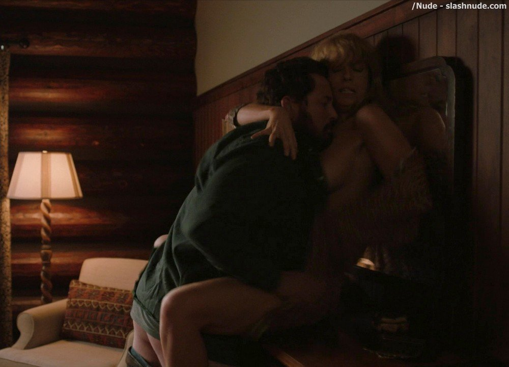 Kelly Reilly Topless In Yellowstone 10
